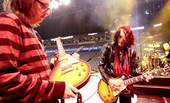 Guitar tech Trace Foster and Joe Perry