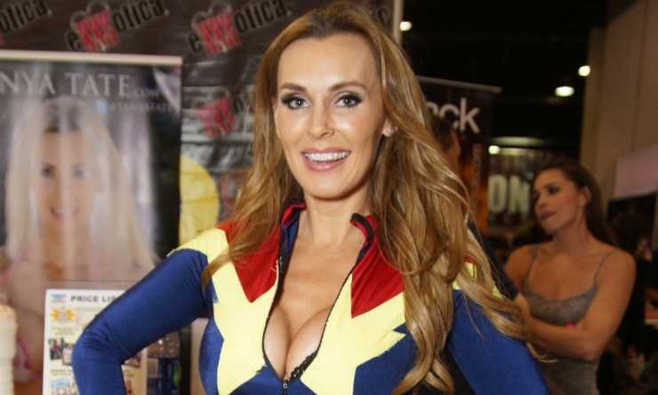 TANYA TATE AT Exxxotica Chicago – Photo by MorbidThoughts / EMMReport.com