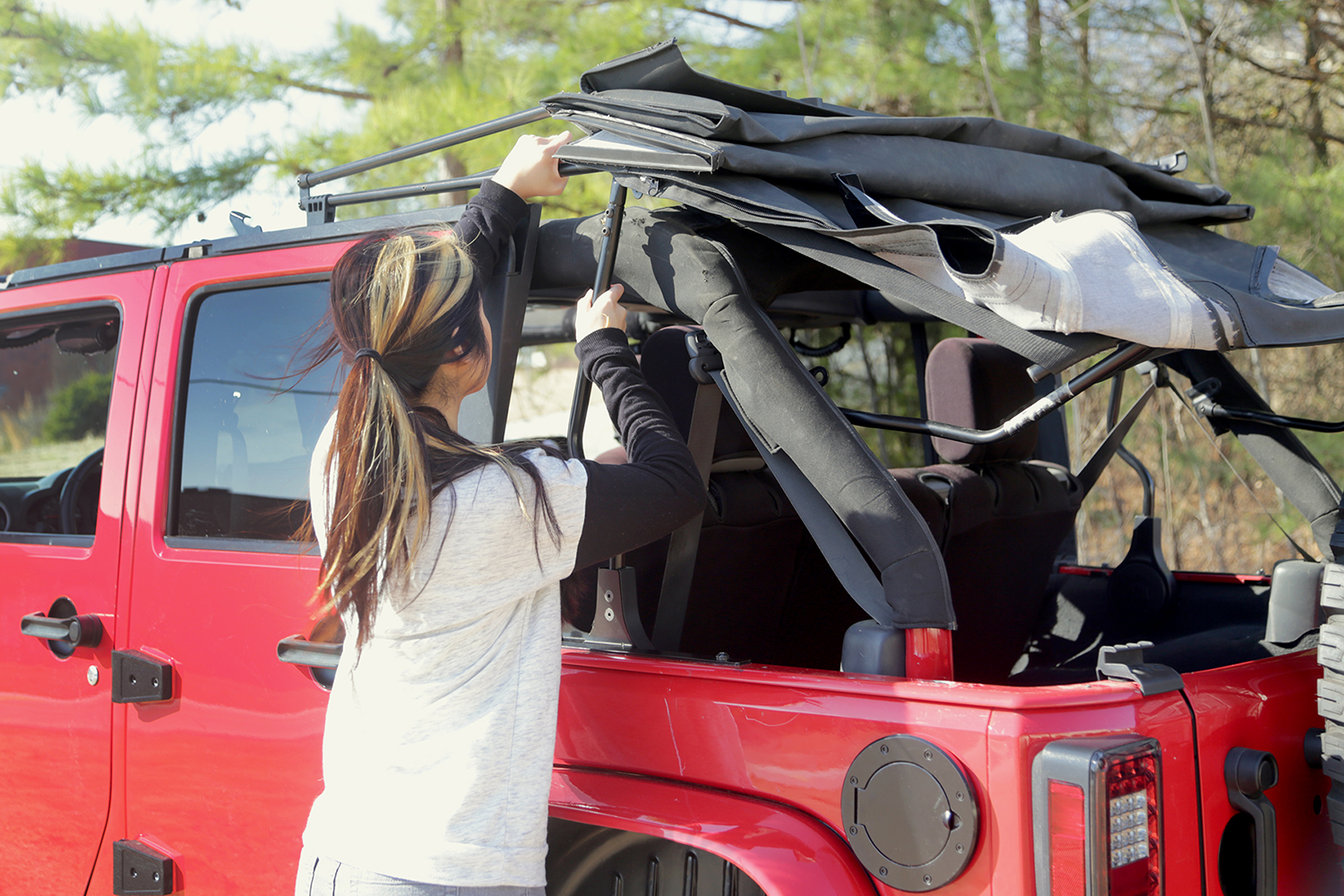 Rugged Ridge Announces Soft Top Spring Assist For 07 12