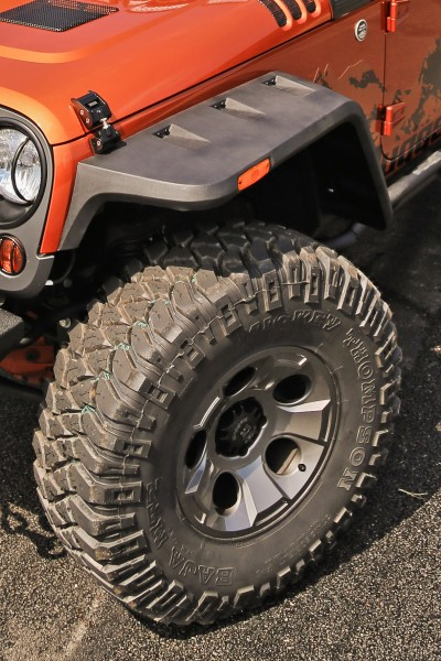 Rugged Ridge Hurricane Fender Flare - installed front view (High Res)