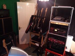 studio rack & guitars