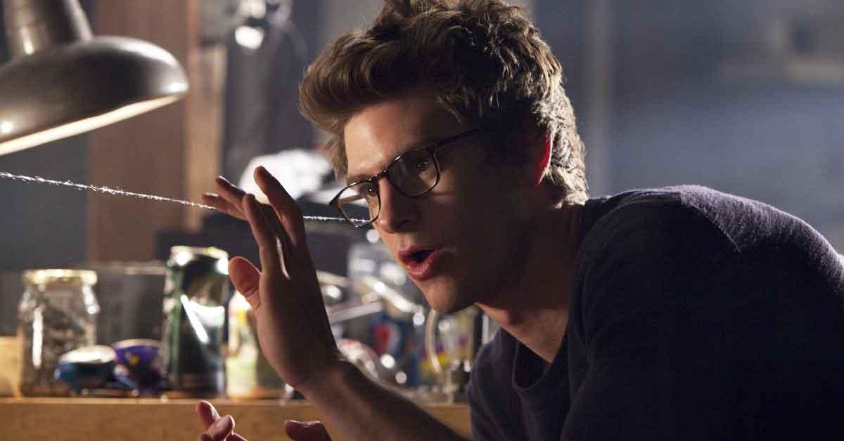Andrey Garfield cria sua teia em cena de filme do Homem-Aranha