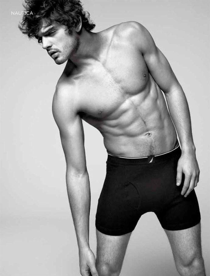 Marlon-Teixeira-Dean-Isidro-El-Palacio-de-Hierro-Underwear-04
