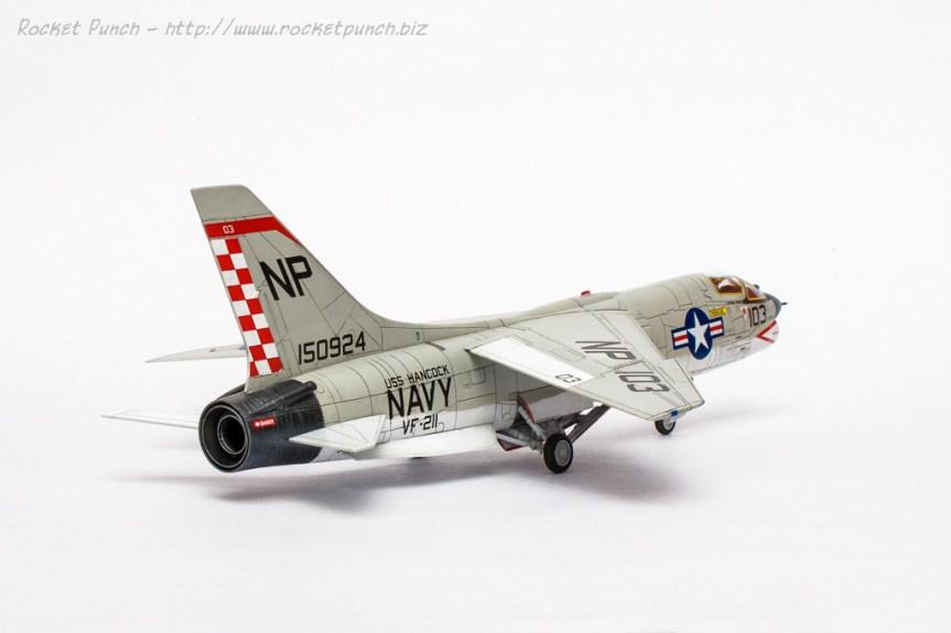 Academy 1/72 Vought F-8E Crusader