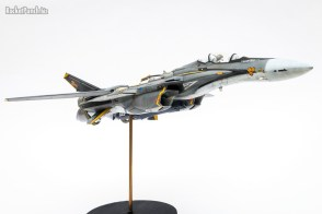 Completed : Hasegawa 1/72 Shinsei Industry VF-25S Messiah