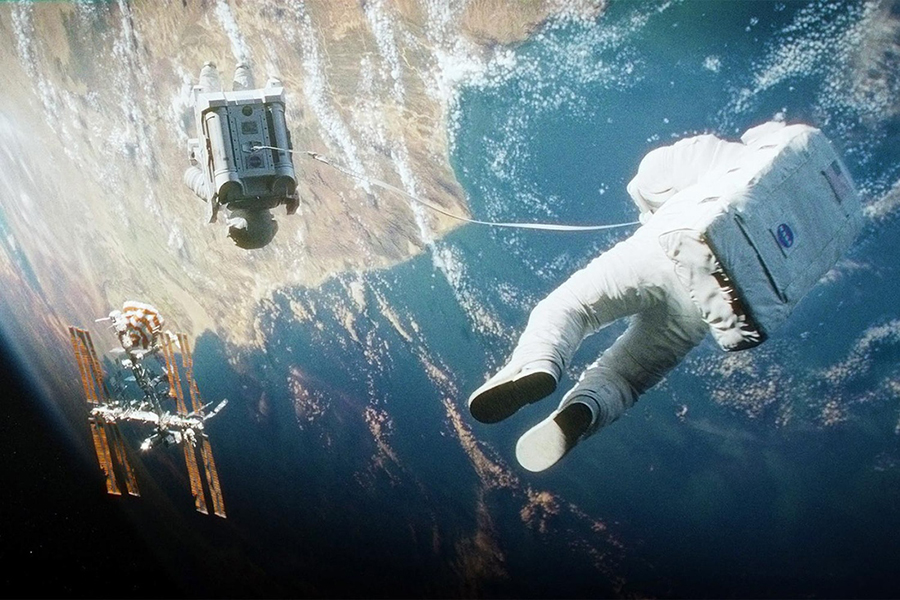 Still photo from the movie 'Gravity': Warner Bros./Esperanto Filmoj/Heyday Films