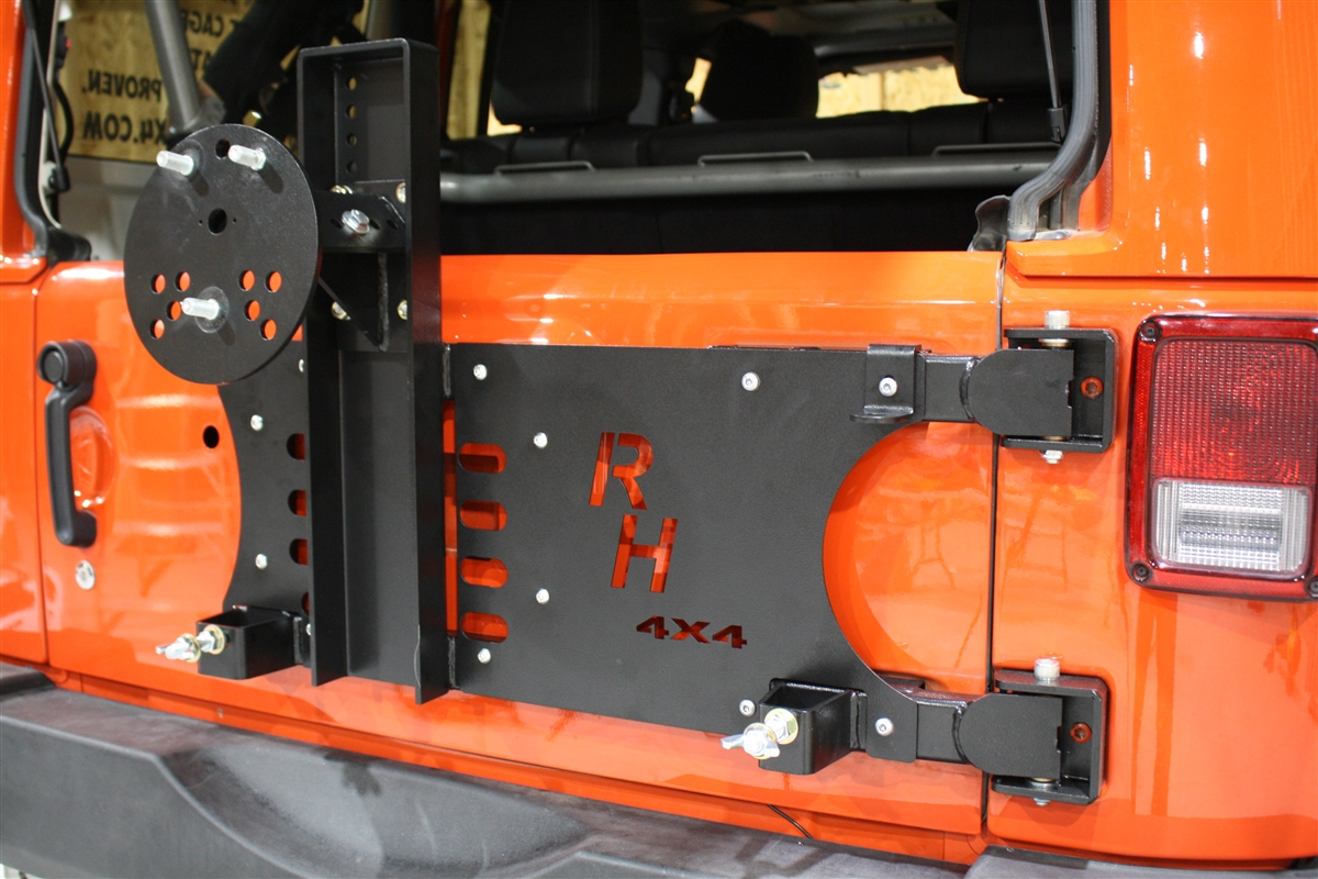 Rock Hard 4x4 Freedom Series Body Mount Tire Carrier For