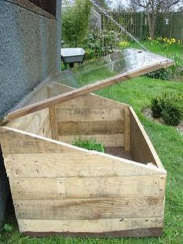Amazing Creative Wood Pallet Garden Project 50