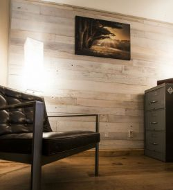 Artistic Pallet, Peel and Stick Wood Wall Design and Decorations 35