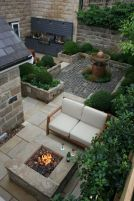 Small courtyard garden with seating area design and layout 118