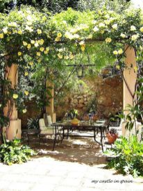 Small courtyard garden with seating area design and layout 27