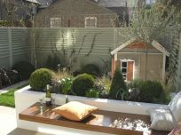 Small courtyard garden with seating area design and layout 64