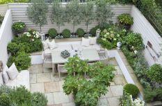 Small courtyard garden with seating area design and layout 75