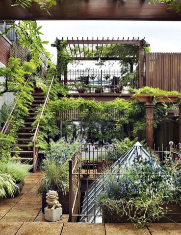 Amazing Rooftop Porch and Balcony Inspirations 38