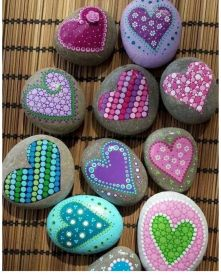 Creative DIY Easter Painted Rock Ideas 44