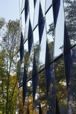 Stunning Glass Facade Building and Architecture Concept 28