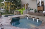 Stunning Outdoor Pool Landscaping Designs 56