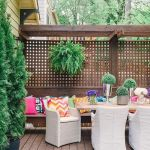 Stunning Privacy Fence Line Landscaping Ideas 31