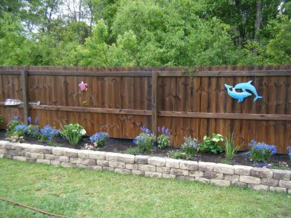 Stunning Privacy Fence Line Landscaping Ideas 77