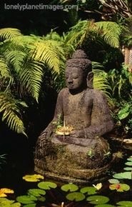 Awesome Buddha Statue for Garden Decorations 3