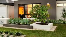 Modern and Contemporary Front Yard Landscaping Ideas 52