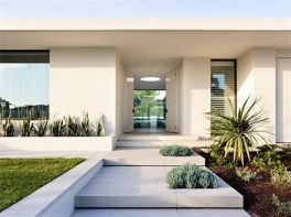 Modern and Contemporary Front Yard Landscaping Ideas 57