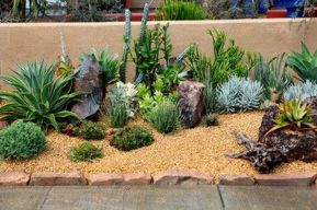 Modern and Contemporary Front Yard Landscaping Ideas 83