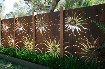 Stunning Creative Fence Ideas for Your Home Yard 35