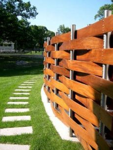 Stunning Creative Fence Ideas for Your Home Yard 53