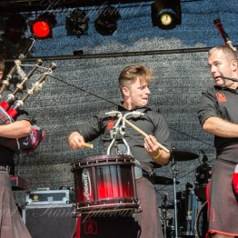 red-hot-chili-pipers-woa-14-2431(1)