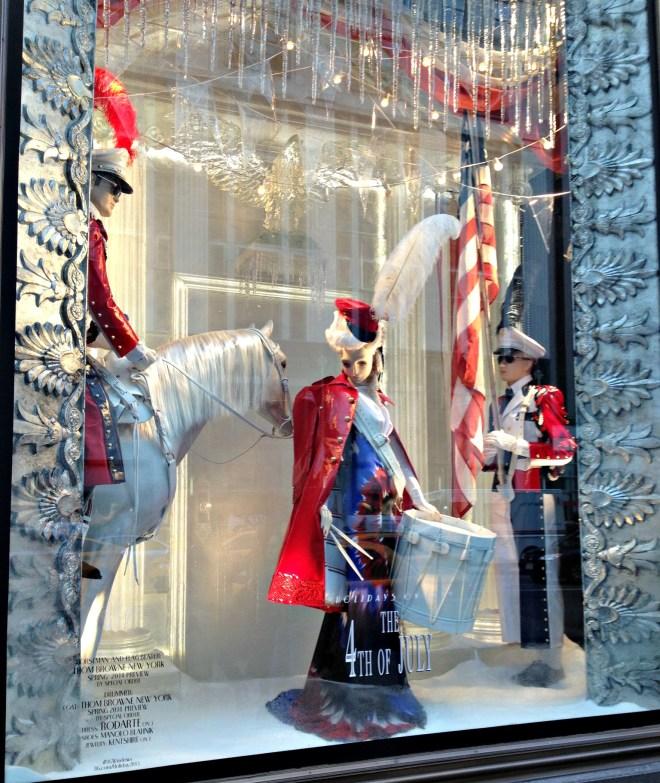 Rockefeller Center Christmas Tree 2013: Christmastime On 5th Ave ⋆ Rockin' Robin Dot Me