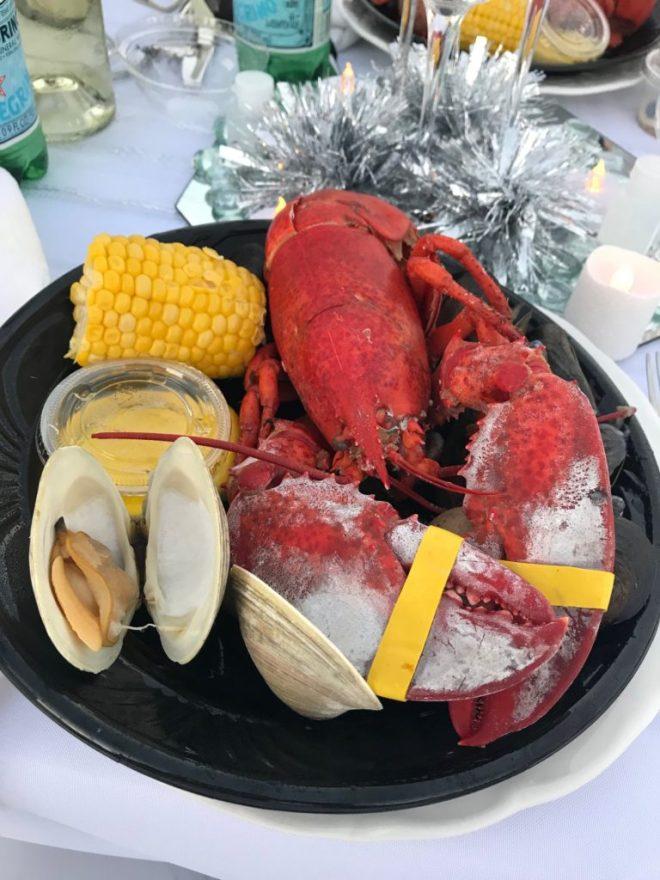 #dinerenblanc #DEBLongIsland2018 #dinerenblanclongisland #DEBLI #DEBLI2018 #longisland #newyork #allwhiteparty #secretlocation lobster, lobster bake, clam bake