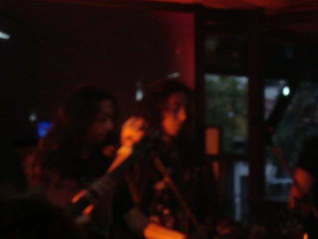 O atual ex-vocalista Lucas e o guitarrista Alan Simon.