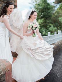 Eleganza Sposa Glasgow Classic Country House Wedding