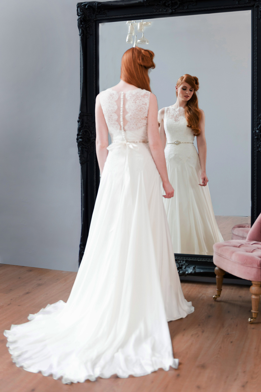 Naomi Neoh  Iconic Collection  ROCK MY WEDDING  UK