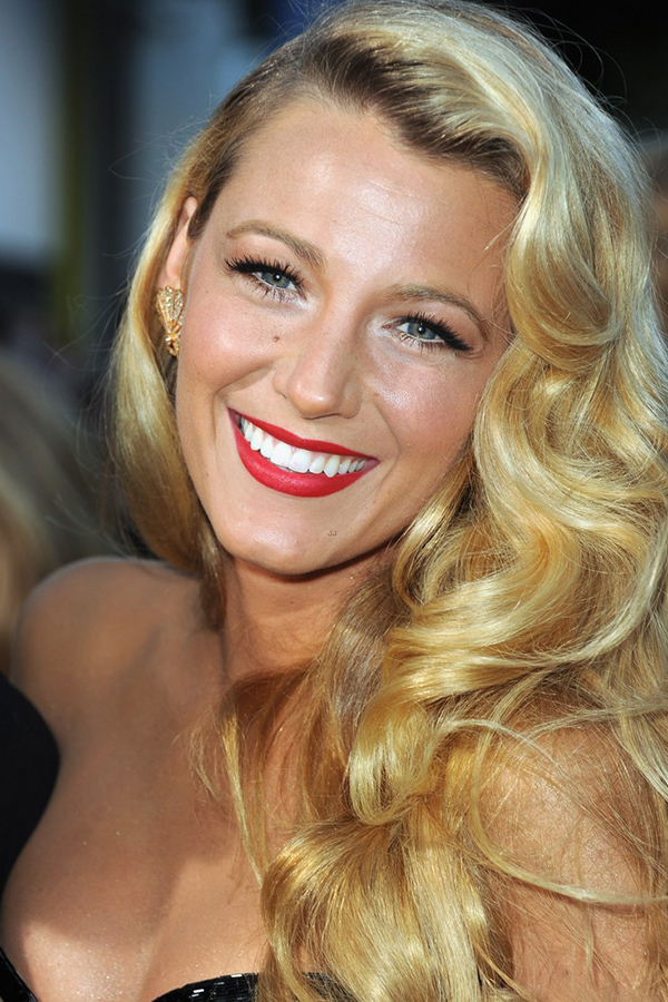How To recreate the Hollywood red carpet look of Blake Lively