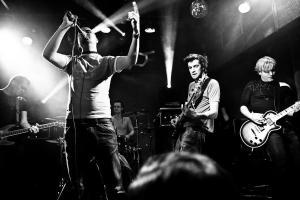 Anavrin predstavljajo novi single Pečat in se odpravljajo na krajšo turnejo po Balkanu