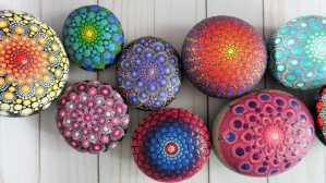 mandala dot rocks