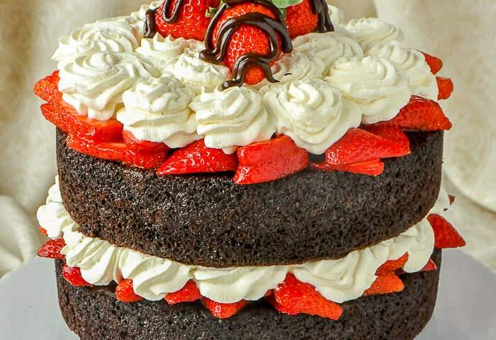Easy Chocolate Strawberry Shortcake In Only 20 Mins Preparation Time
