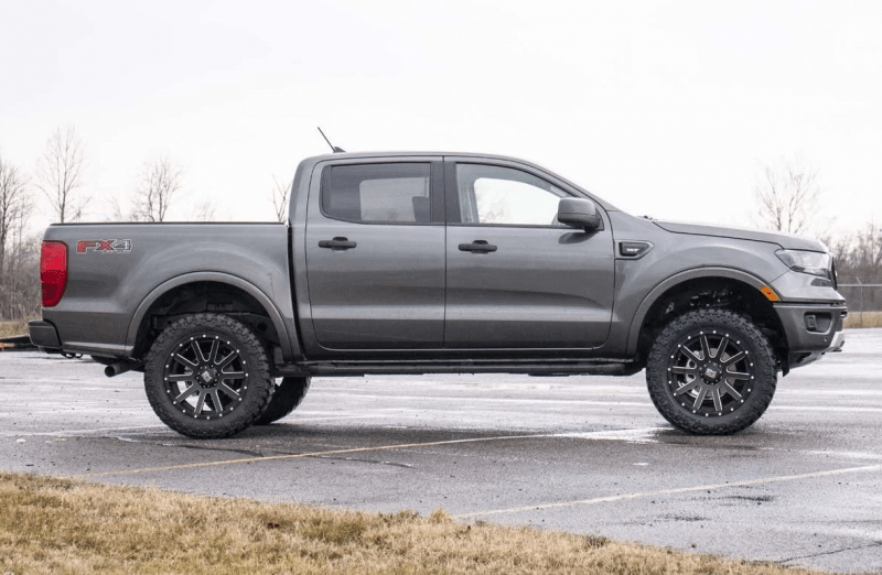 Rough Country Rough Country 2 5in Ford Leveling Kit
