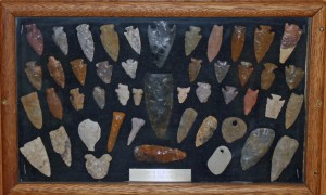 collection of native american indian arrowheads were made out of many different kinds of stones and rocks.