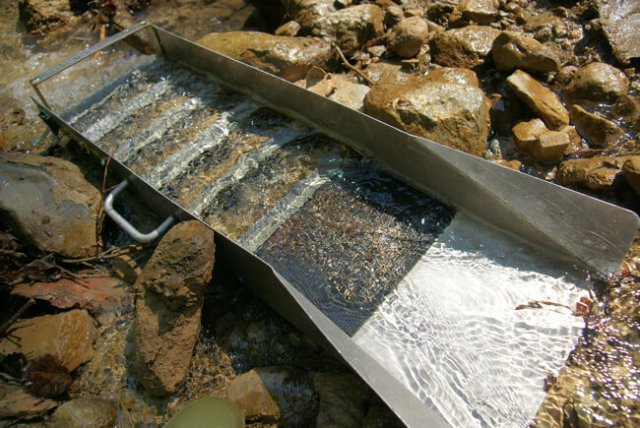 best sluice box best portable sluice box and best sluice box for fine gold recovery