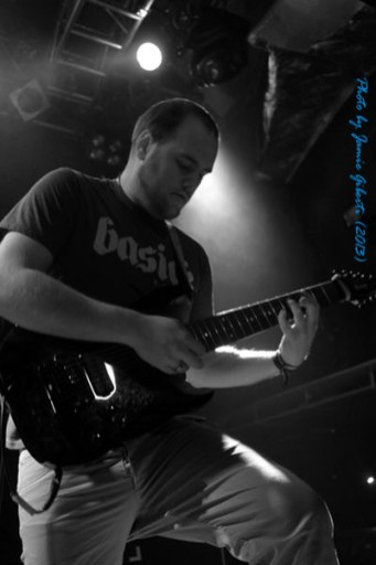 Chimpspanner-Guitarist-Islington-Academy-2013