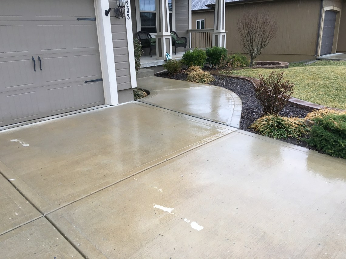 Keep your concrete and driveway sealed rock solid for Temperature to pour concrete driveway