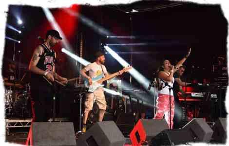 90s dance music band