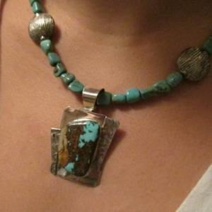 Necklace - Boulder Ribbon TURQUOISE on Sterling Silver Pendant with TURQUOISE Beads (JS-15)
