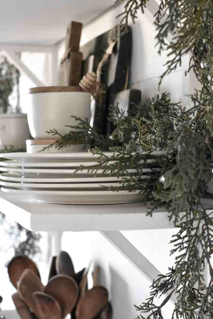 Holiday Shelf Style