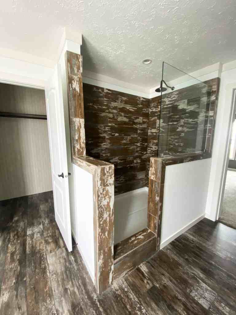 Prefabricated Home Rustic Bathroom