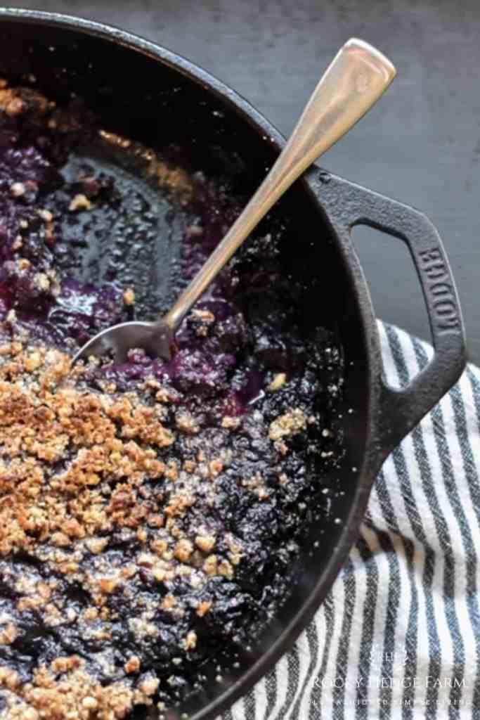 Keto Blueberry Cobble Skilett
