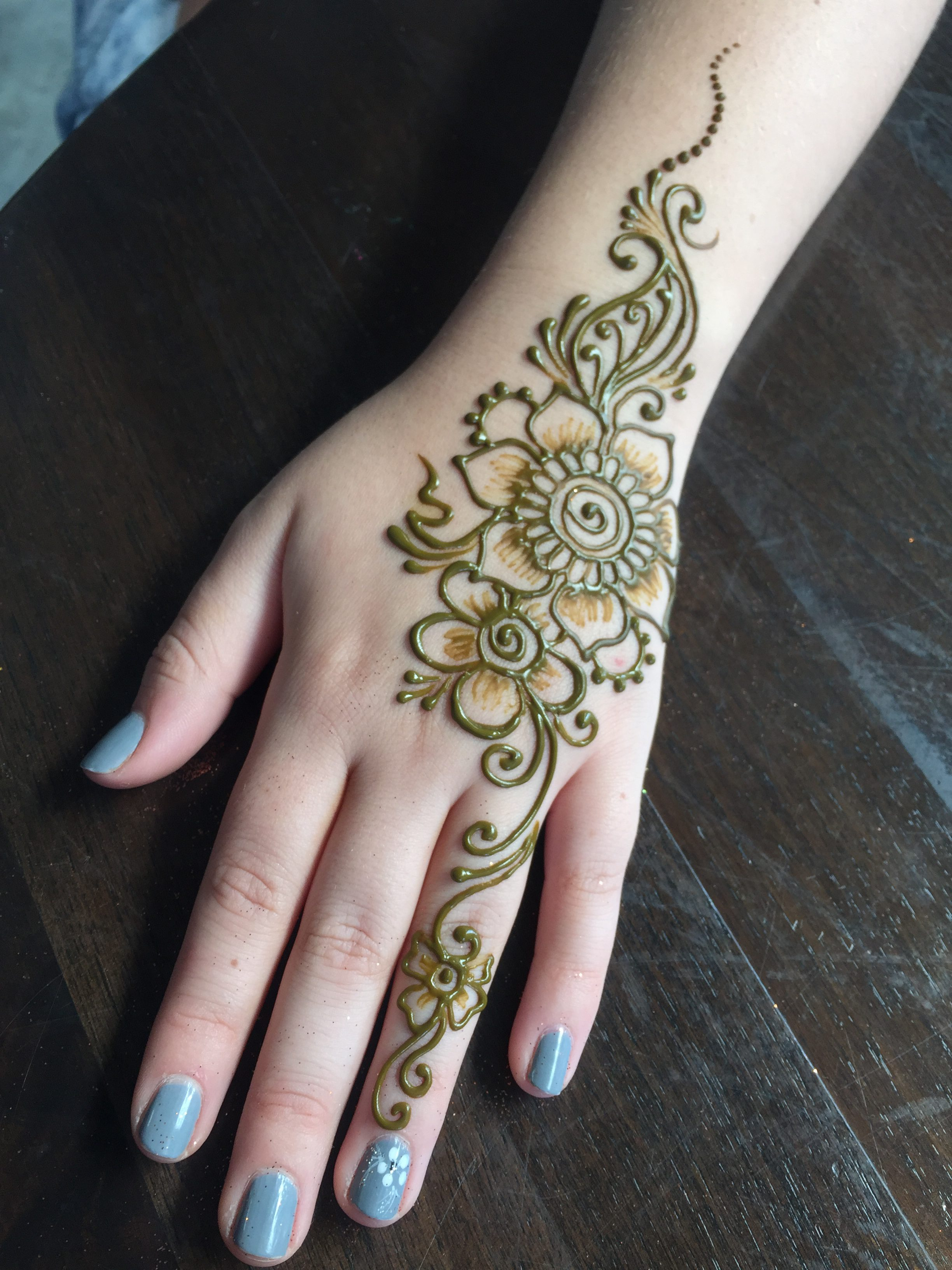Henna Tattoos Chicago Face Painting